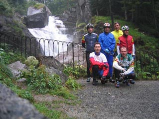 Grupo en cascada de Pont D'Espagne